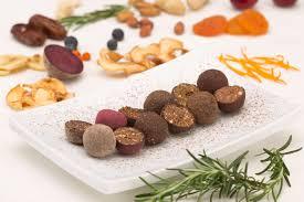 GREENZ Fruit & Nut balls with sea buckthorn berries, by weight / 100g VEGAN